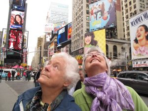 frankie-and-kath-in-times-square-oct-2011